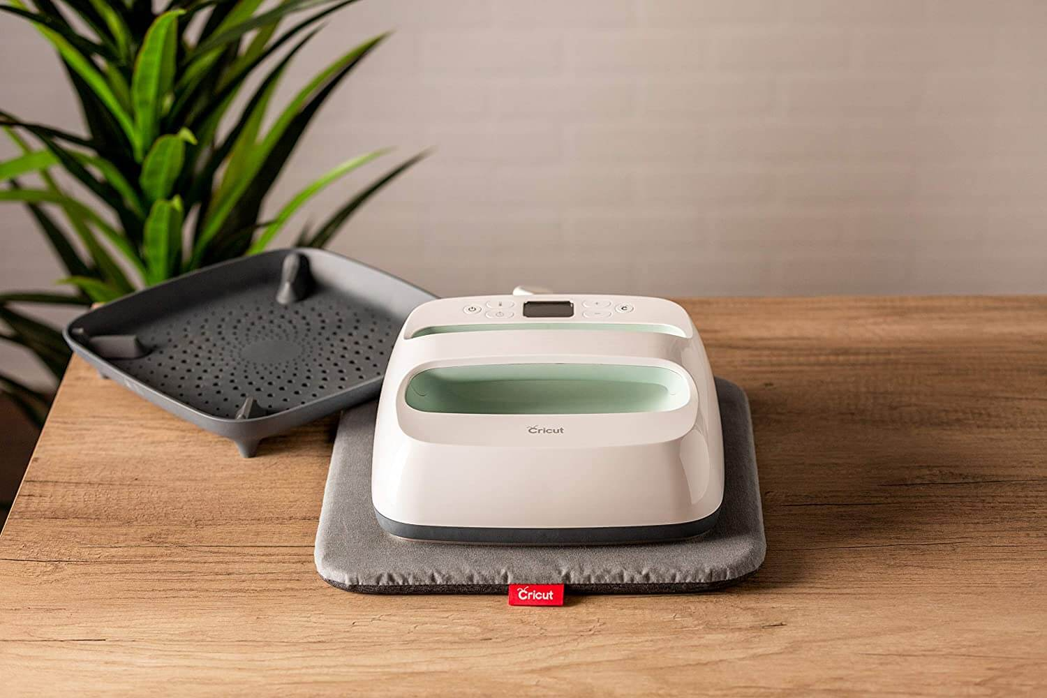 Cricut EasyPress™ Heat Press Machine